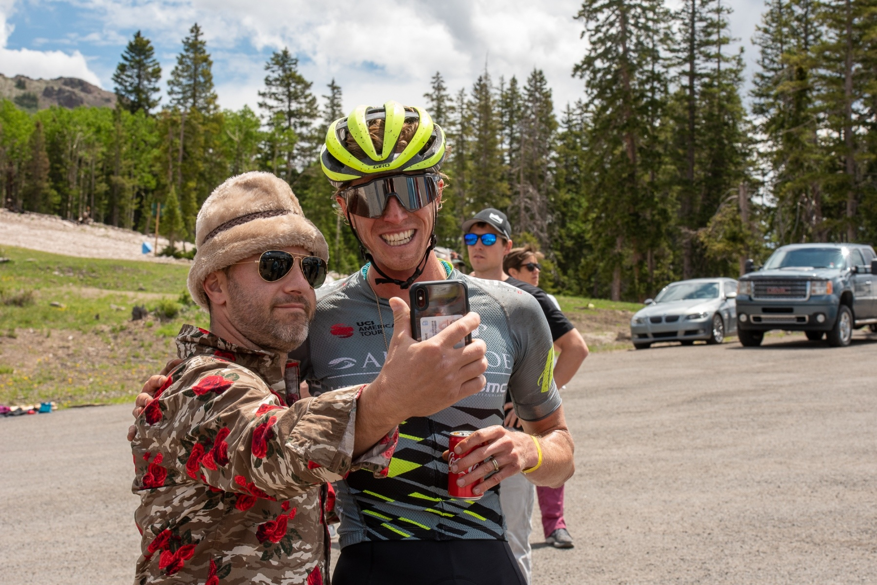 Race announcer Ali Goulet grabs a selfie with 6th place finisher TJ Eisenhart after the finish. Photo: Steven L. Sheffield.